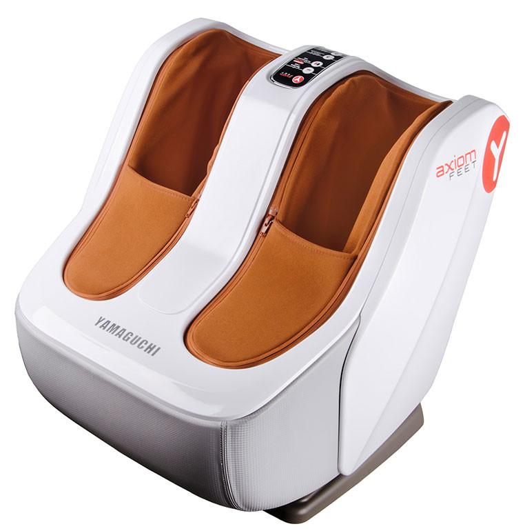 Массажер для ног Yamaguchi Axiom FeetМассажеры<br>Axiom Feet комплексно воздействует не только на стопы, как многие другие массажеры, но и на область икр и обладает всеми необходимыми функциями, чтобы сделать массаж максимально эффективным: воздушно-компрессионное воздействие, роликовое разминание, растирание, опциональный прогрев. Массажер оснащен инновационным режимом растирания икр Active +, который обеспечит тщательную проработку мышц, нормализует кровообращение и снимет усталость.<br>