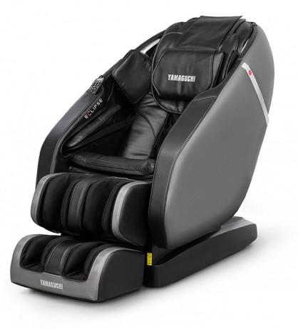 Массажное кресло Yamaguchi EclipseУникальные разработки конструкторов позволили создать кресло нового уровня, а дизайн Yamaguchi Eclipse стал олицетворением совершенства в каждой детали. В этом кресле впервые была использована беспроводная система под управлением смартфона с Android и основа, позволяющая креслу двигаться вперед перед стартом работы, а также новые механизмы роликов с широким диапазоном возможностей, включая массаж ступней.<br>