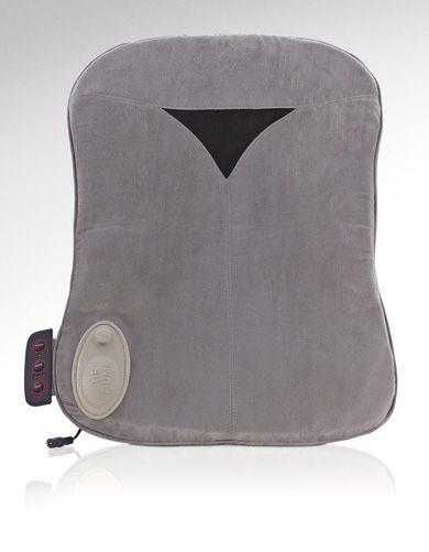 Массажная подушка Casada Air CushionAir Cushion - это мобильная удобная подушка для спины. Насладитесь восстанавливающим вибрационным массажом с подключаемой функцией нагрева в пути или дома. Поставляемый в комплекте адаптер дает возможность мобильного использования в автомобиле. Расположенная на автомобильном сиденье или на отдельном стуле благодаря своей функции накачки Airbag она отлично подстраивается под форму спины. С помощью панели управления можно выбрать три различных вибрационных интервала и функцию нагрева.<br>