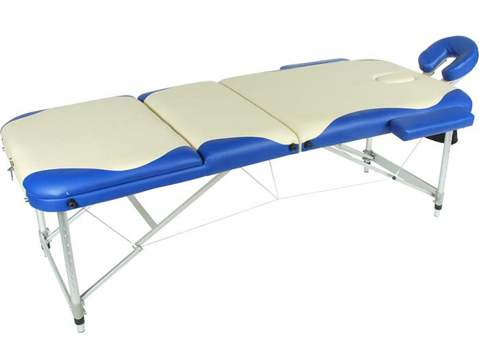 Складной массажный стол Med-Mos JFAL01A (МСТ-102Л) (3 секции) бежевый с синей волнойСкладной массажный стол JFAL01A (МСТ-102Л) &amp;ndash; отличное оборудование для стационарного и выездного массажа. Благодаря современному дизайну, стол прекрасно впишется в любой интерьер массажного кабинета. С помощью раскладного механизма оборудование легко складывается и раскладывается. Это позволяет без труда переносить стол от клиента к клиенту.&amp;nbsp;&#13;<br>&#13;<br>Рама модели выполнена из алюминия, обивка &amp;ndash; винил-люкс, наполнитель &amp;ndash; поролон, толщиной 6 см.<br>