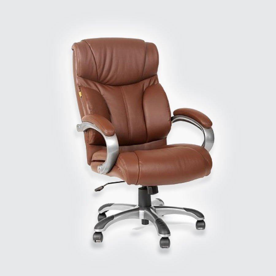 Кресла для руководителя CHAIRMAN 435 коричневая кожаКресло для руководителя CHAIRMAN 435 очень похоже на модель CHAIRMAN 436, но имеет более широкий подголовник и несколько иную форму подлокотников. Эта модель отличается запоминающимся дизайном, выдержанностью стиля, надежностью и практичностью. Широкая удобная спинка с боковой поддержкой позволит пользователю сохранять правильную осанку. Эргономичный дизайн кресла делает его комфортным и запоминающимся.<br>
