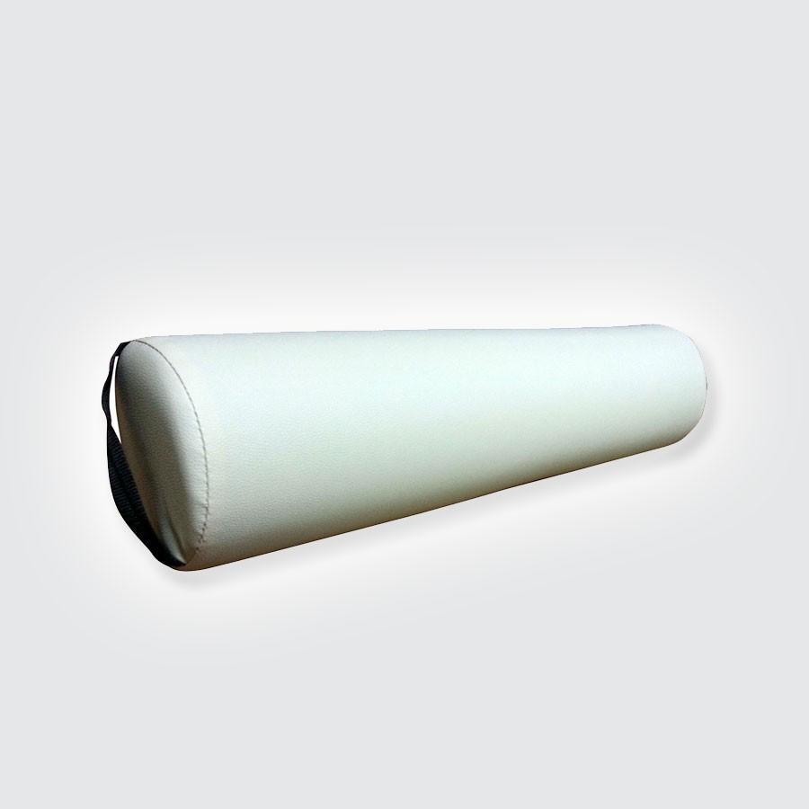 Валик дл массажного стола DFC, 15 см белыйМассажные валики DFC использутс при массаже спины в положении лежа, и подкладыватс под голени.<br>