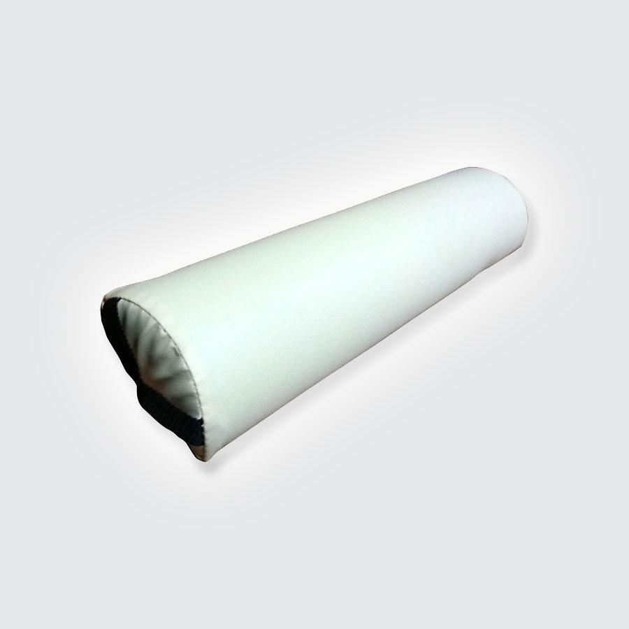 Валик для массажного стола DFC, 7,5 смМассажные валики DFC используются при массаже спины в положении лежа, и подкладываются под голени.<br>