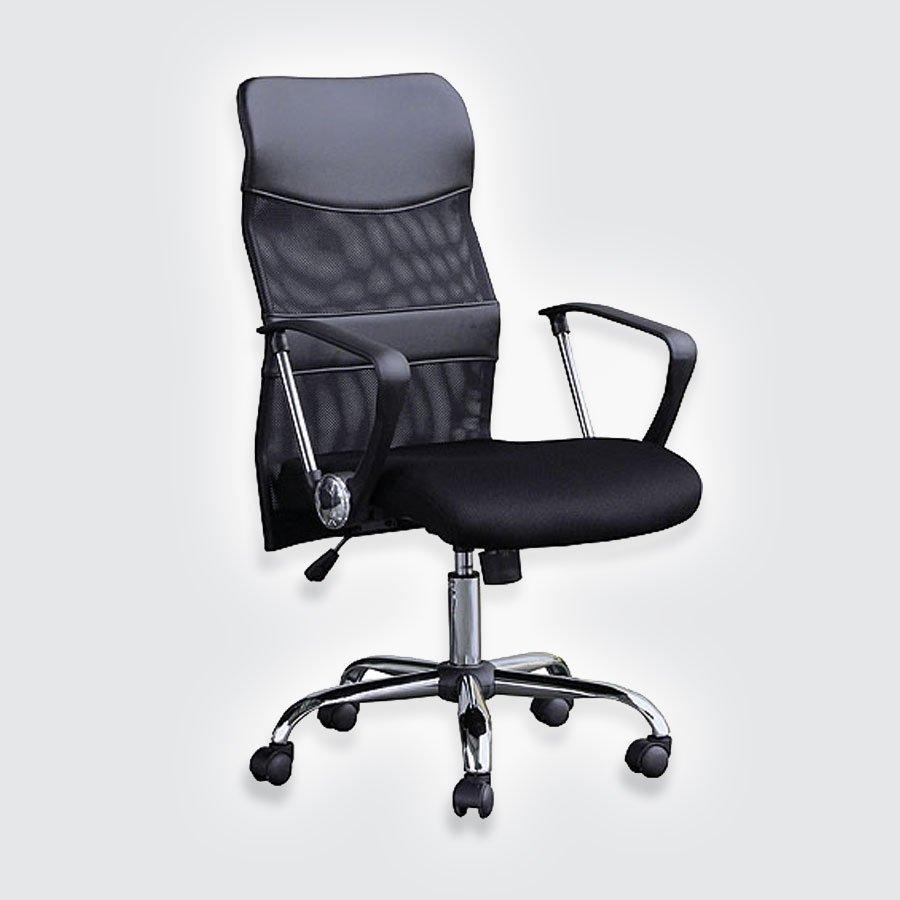 Кресло руководителя Good-Kresla ErickЯркий спортивный силуэт кресла Errick не оставит равнодушными тех, кто любит современный дизайн. Благодаря сетчатой спинке оно кажется легким и динамичным. Но первое впечатление обманчиво: стоит сесть в кресло и доминирующим ощущением станет комфорт. Сетчатая спинка имеет анатомическую форму, которая позволяет сидящему принять самую удобную позу. При этом сетка создает идеальные условия для вентиляции: никакого «парникового эффекта» даже при выключенном кондиционере.<br>
