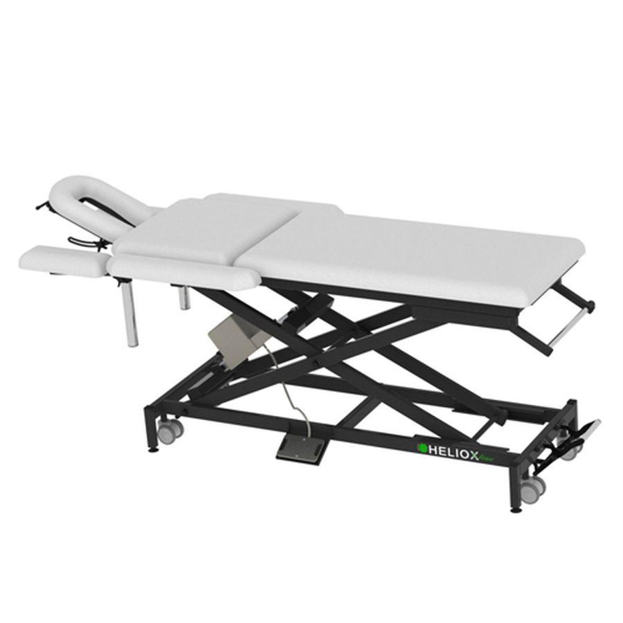Массажный стол Heliox X103 (на Х-раме с электроприводом)Массажный стол, 7-ми секционный на Х-раме, благодаря Х-образной конструкции рамы, стол обладает превосходной устойчивостью, надежностью, выдерживает нагрузку до 350кг, а также уменьшенным весом. Стандартно оснащается колесной базой, с центральным подъемным механизмом, держателем для полотенец и держателем для педали.<br>