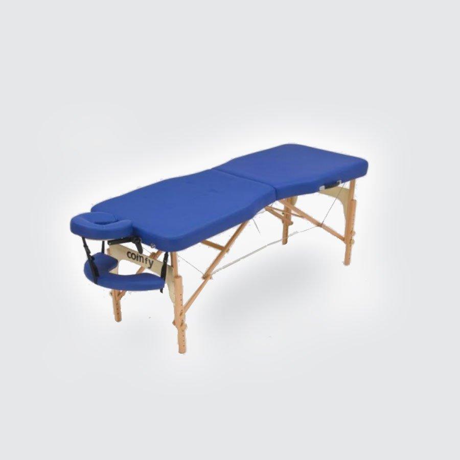 Складной массажный стол Med-Mos JF-AdvantaМассажный стол легко и быстро трансформируется в чемодан. Основа - многослойная легкая фанера. Рама - бук. Поверхность - высокачественный винил. Наполнение - плотный пенополиуретан толщиной 5 см. Цвет - бежевый, синий. Регулировка по высоте. В комплекте: съемный, регулируемый подголовник, подставка для рук.<br>