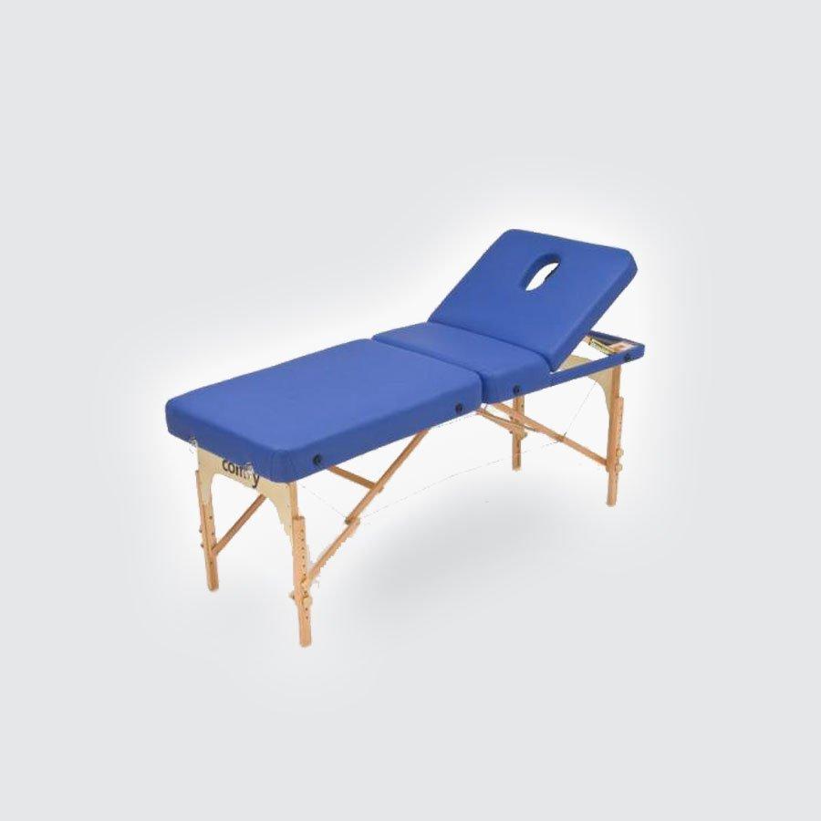 Складной массажный стол Med-Mos JFMS03RМассажный стол эконом класса с вырезом для лица. Легко и быстро трансформируется в чемодан. Основа - многослойная легкая фанера. Рама - бук. Поверхность - высокачественный винил. Наполнение - плотный пенополиуретан толщиной 5 см. Цвет - бежевый, синий. Регулировка по высоте.<br>
