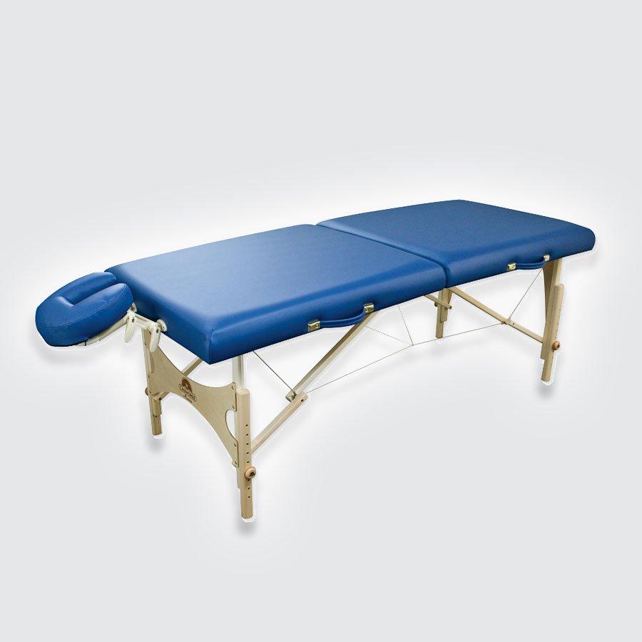 Складной массажный стол Oakworks AuroraПереносная модель массажного стола &amp;laquo;Аврора&amp;raquo; (Aurora) от знаменитой компании &amp;laquo;Oakworks&amp;raquo;, которая славится высокими стандартами качества фирменного уровня, продумана &amp;laquo;от и до&amp;raquo;: она прочна и устойчива в разложенном виде, замечательно и стильно выглядит, приятна на ощупь, проста в эксплуатации и уходе, быстро складывается в удобный чемодан, который без труда транспортируется к месту проведения сеанса.<br>