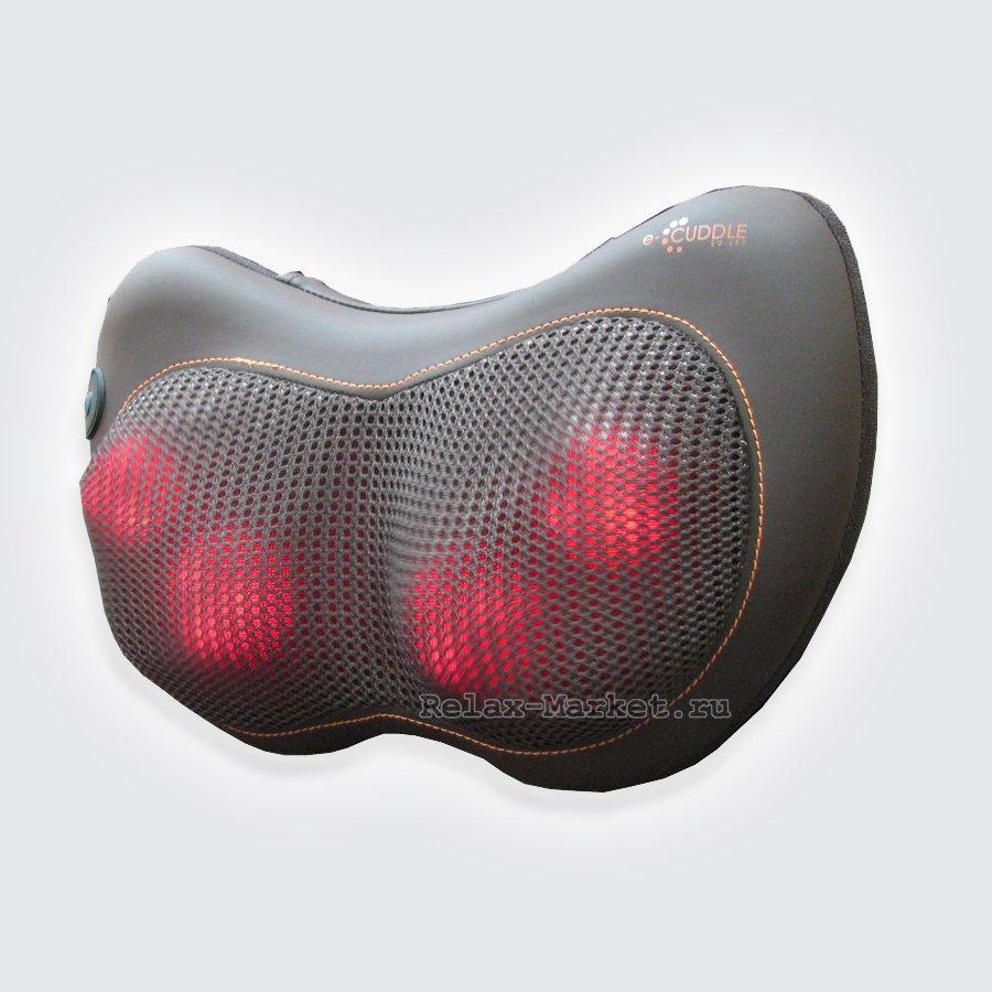 Массажная подушка OTO e-Cuddle EU-280 шоколадПривлекательная, портативная и удобная массажная подушка ОТО e-Cuddle мягко обнимает контуры вашего тела, предоставляя разминающий Шиатцу массаж, смягчающий напряженные мышцы и дающий восстановительный эффект. Оснащенная четырьмя массажными роликами, массажная подушка воздействует на ваше тело круговыми разминающими движениями в двух направлениях, подобно рукам массажиста.<br>