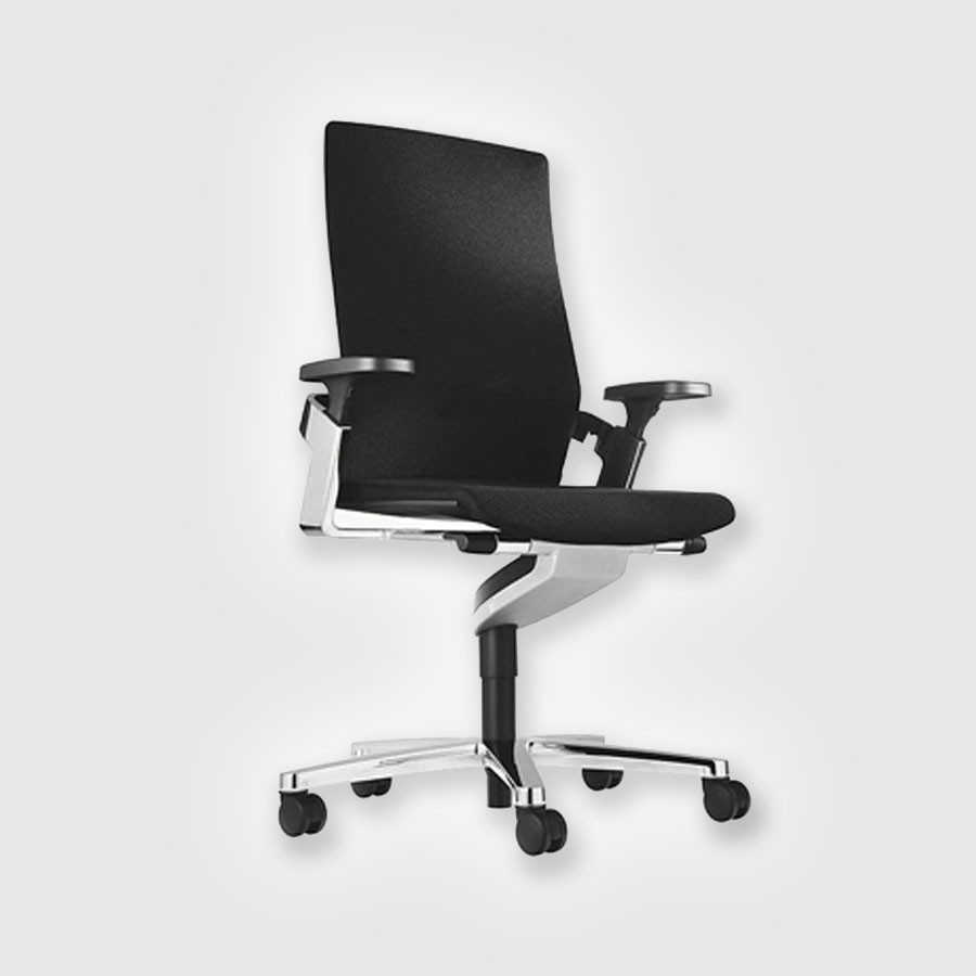 Эргономичное дизайнерское кресло Scott Howard Wilkhahn ON 175/7Кресло On немецкого производителя Wilkhahn входит в десятку самых эргономичных кресел в мире и имеет статус первого в мире кресла с механизмом, позволяющим двигаться в трех направлениях. Кроме привычного подъема вверх, отклонения спинки и сиденья вперед-назад, с креслом On стало возможным отклоняться влево и вправо, а также двигаться по кругу.<br>