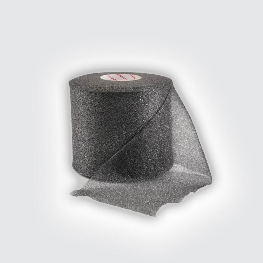 Подтейпник Pharmacels UnderWrap черныйПористый полиуретановый перевязочный материал (подтейпник), используемый в качестве подкладки под спортивный тейп.<br>