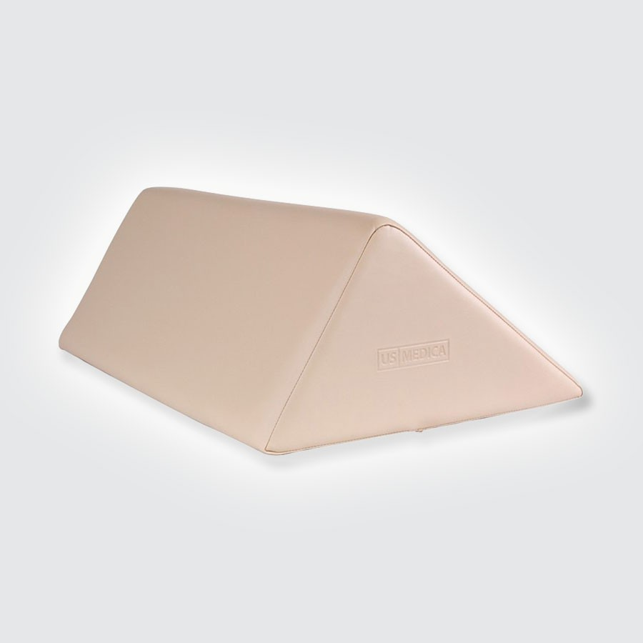 Валик под спину US MEDICA USM 008Массажные валики подходят к любому массажному столу. Обивка изготовлена из арпатека высокого качества (искуственная кожа, гипоаллергенная и приятная на ощупь). Наполнитель - поролон. Валики надежно крепится к столу ремнями с застежками.<br>